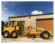 1997 DEERE 770B ENCLOSED CAB W/ A/C & HEAT - E7124